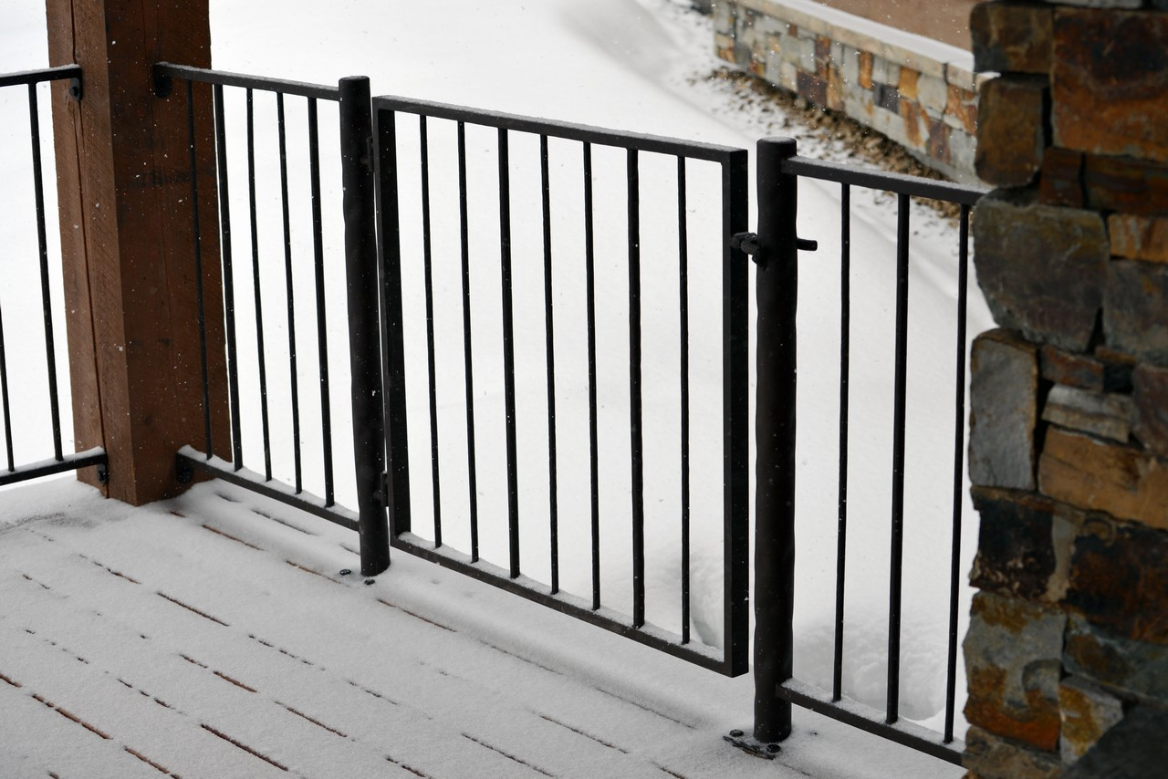 custom-design-ironwork-railings-RSZ42