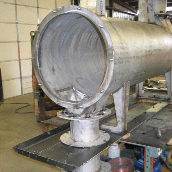 custom-metal-manufacturing-tube