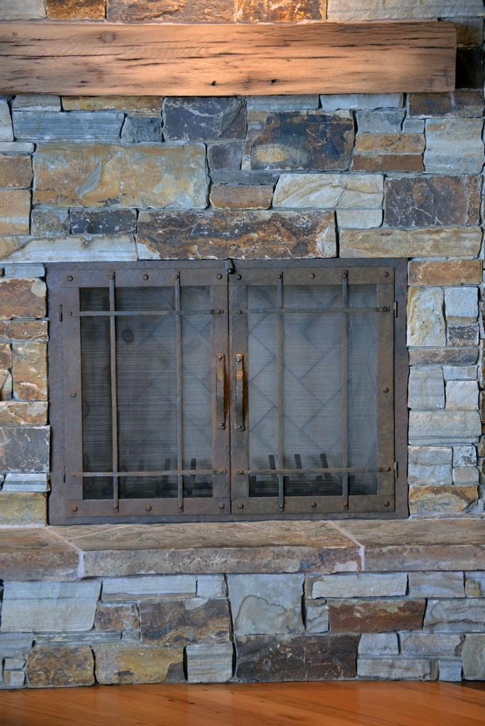 custom-design-ironwork-fireplace-doors-RSZ20