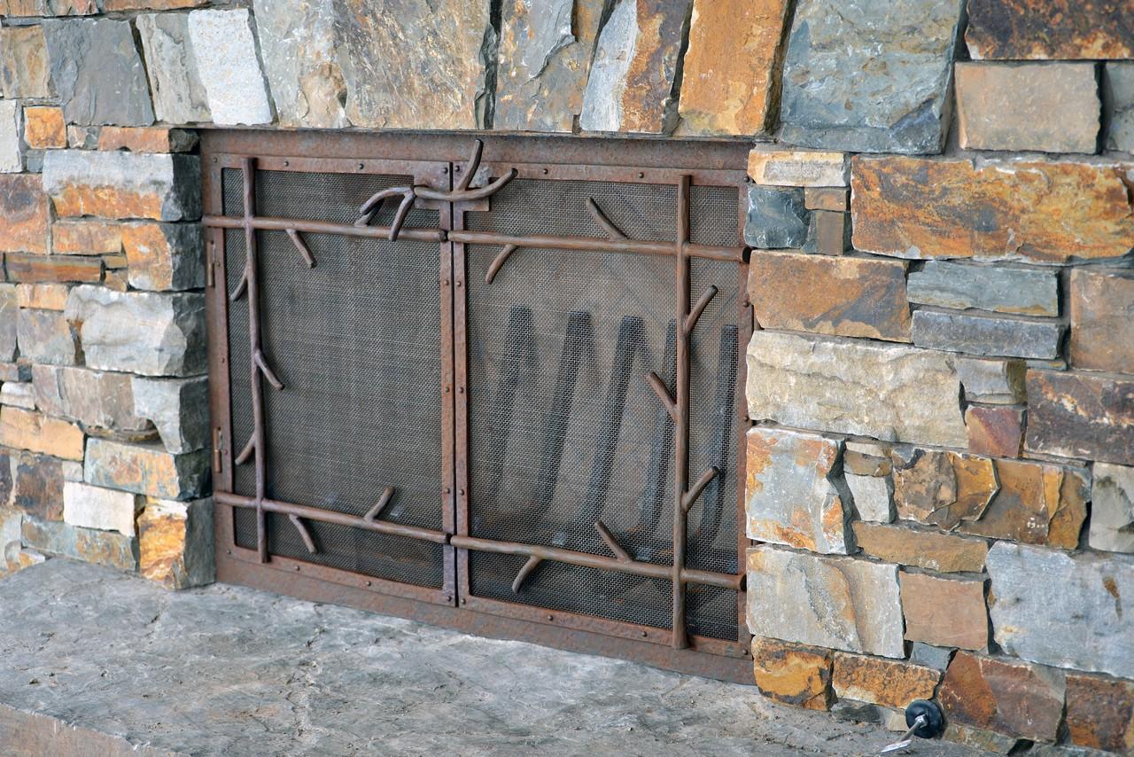 custom-design-ironwork-fireplace-doors-RSZ7