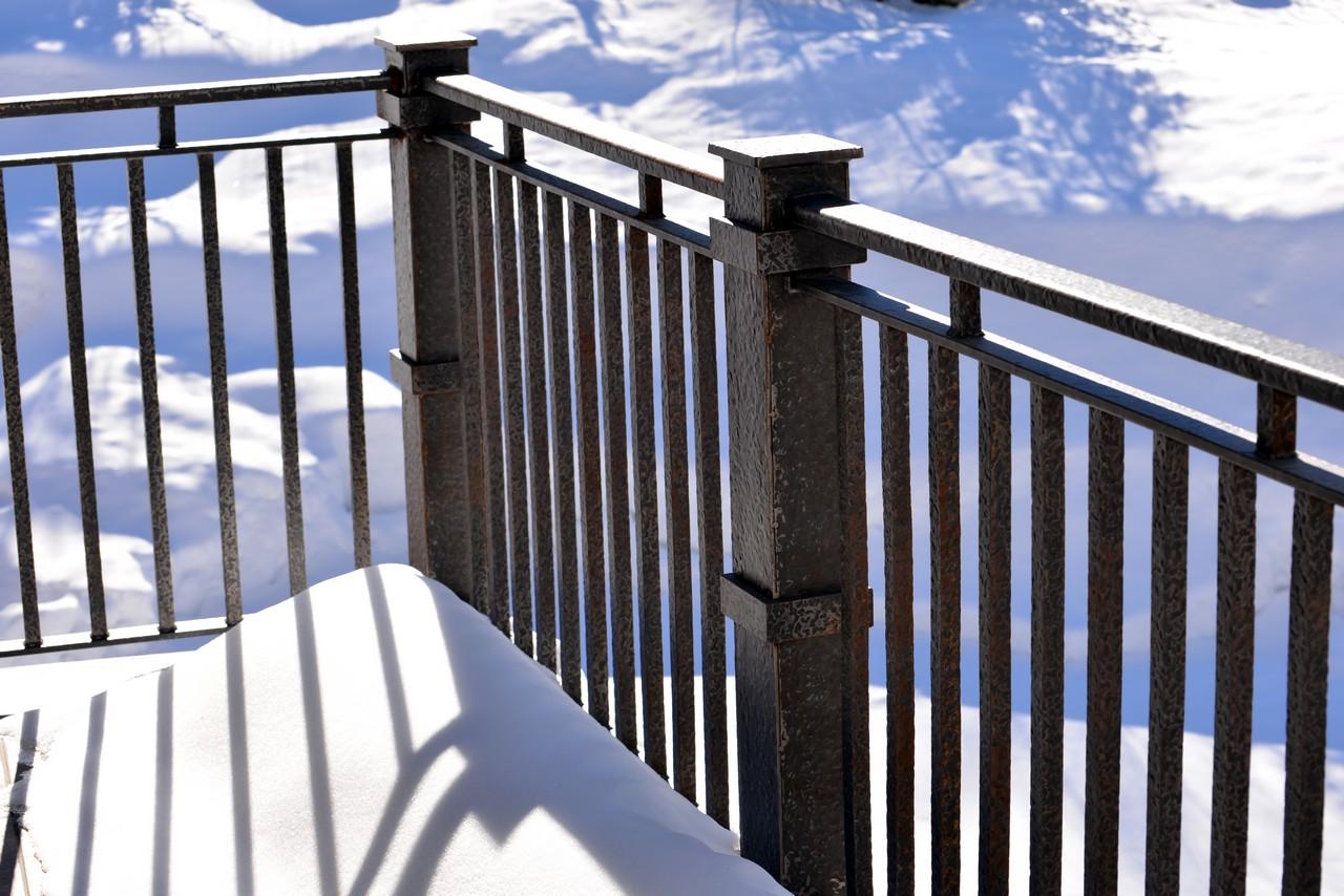 custom-design-ironwork-railings-RSZ40