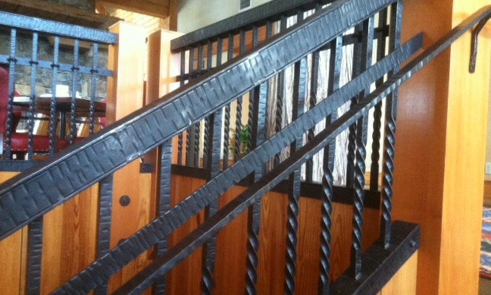 interior-metal-black-iron-railing