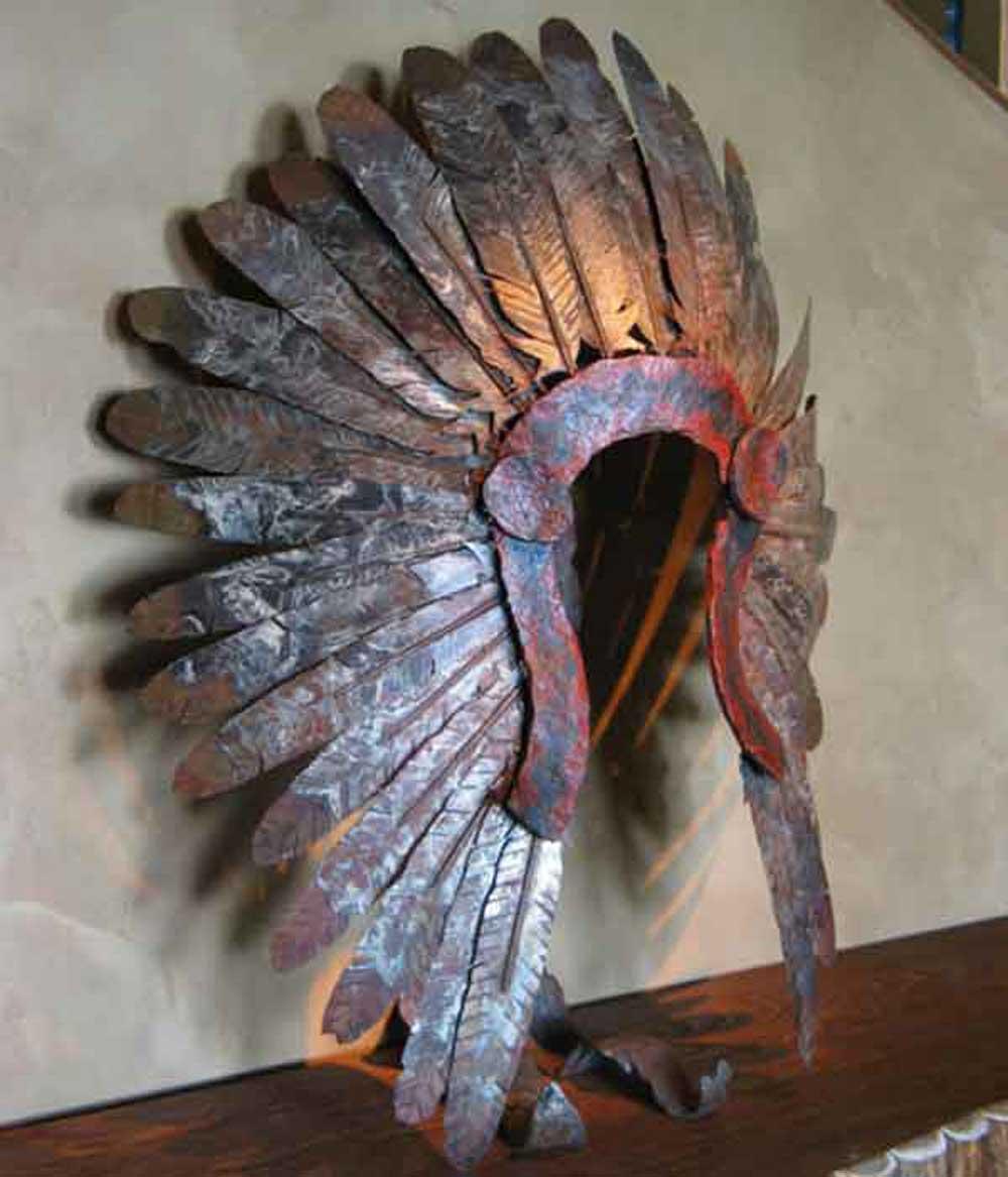 metal-indian-headress-sculpture-acutech