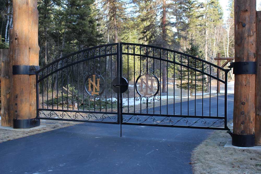 monogrammed-entrance-gate-acutech