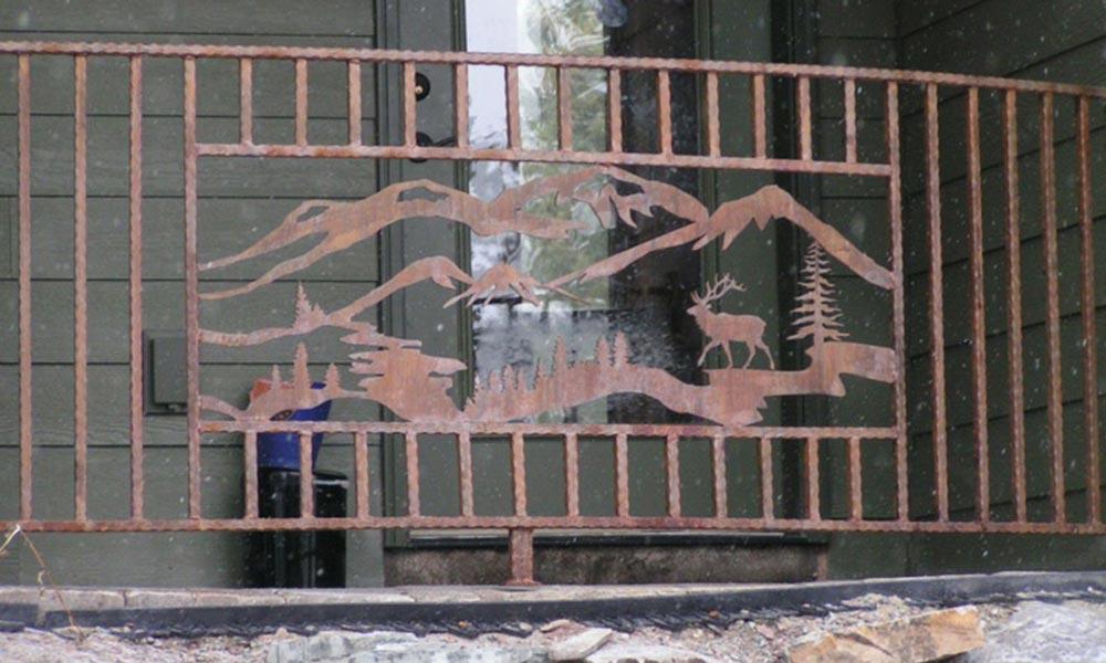 mountiain-elk-outdoor-railing