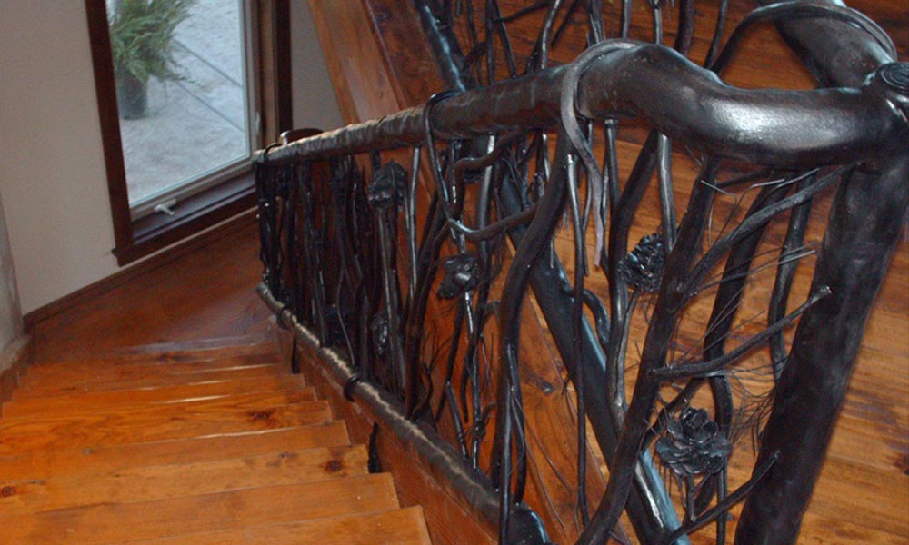 tree-branch-railing-iron-balusters