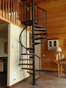 spiral-staircase-custom-metal-fabrication-ironwork