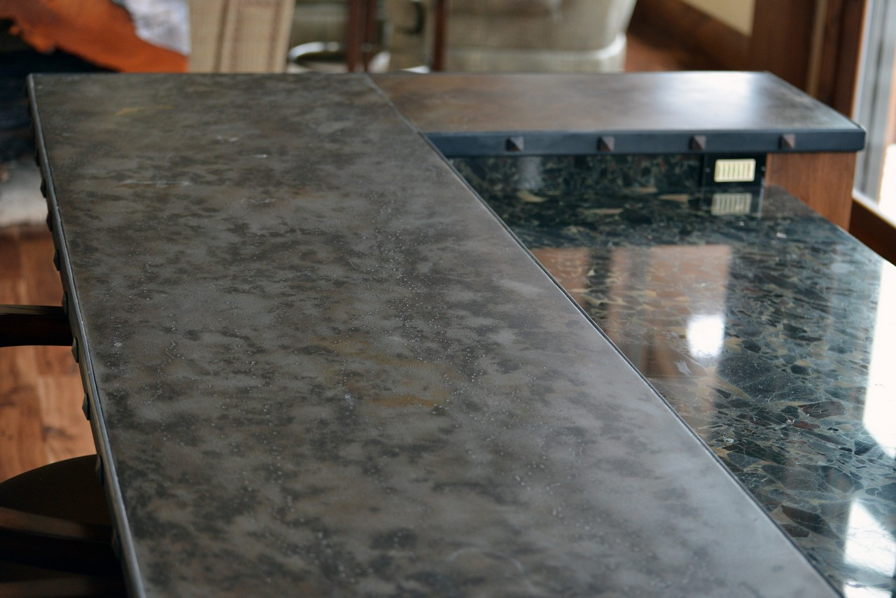 steel-countertop-with-rivets-RSZ3