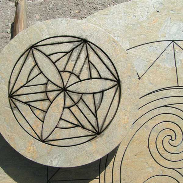 waterjet-cut-stone-pattern